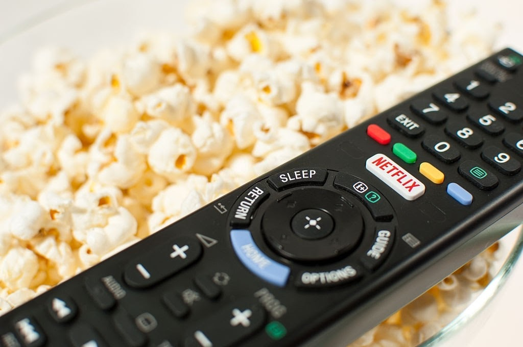 remote controller with popcorn